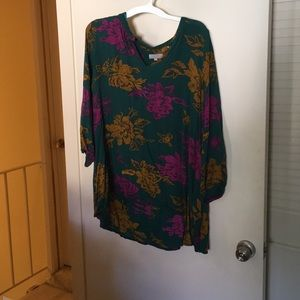Tunic blouse, green with pink and gold flowers